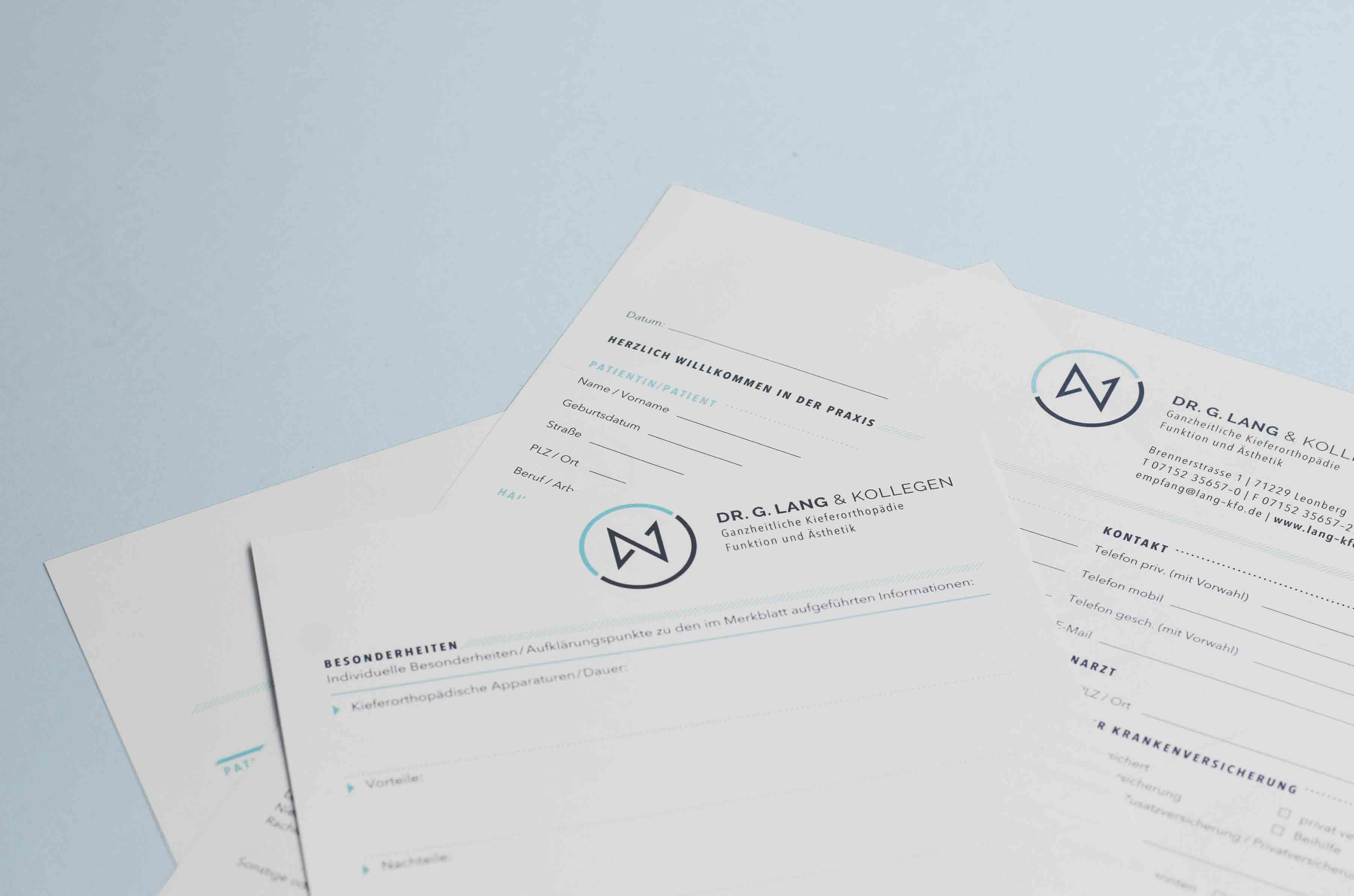 Dr. Lang Kieferorthopäde Formulare Design Detailansicht
